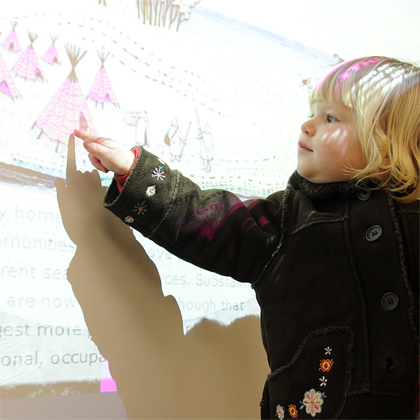 My daughter Isla interacting with the Dig It! 2015 Website on the day of its launch. Image copyright Victoria Stewart: victoriastewart@btinternet.com